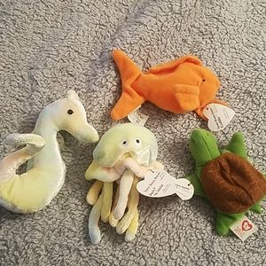Set of 4 teenie beanie sea creatures